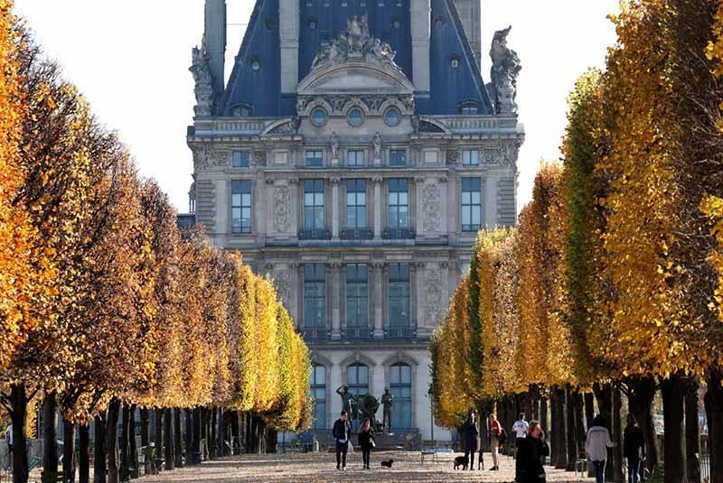 سرگرمی محبوب مردم در پاریس چیست؟