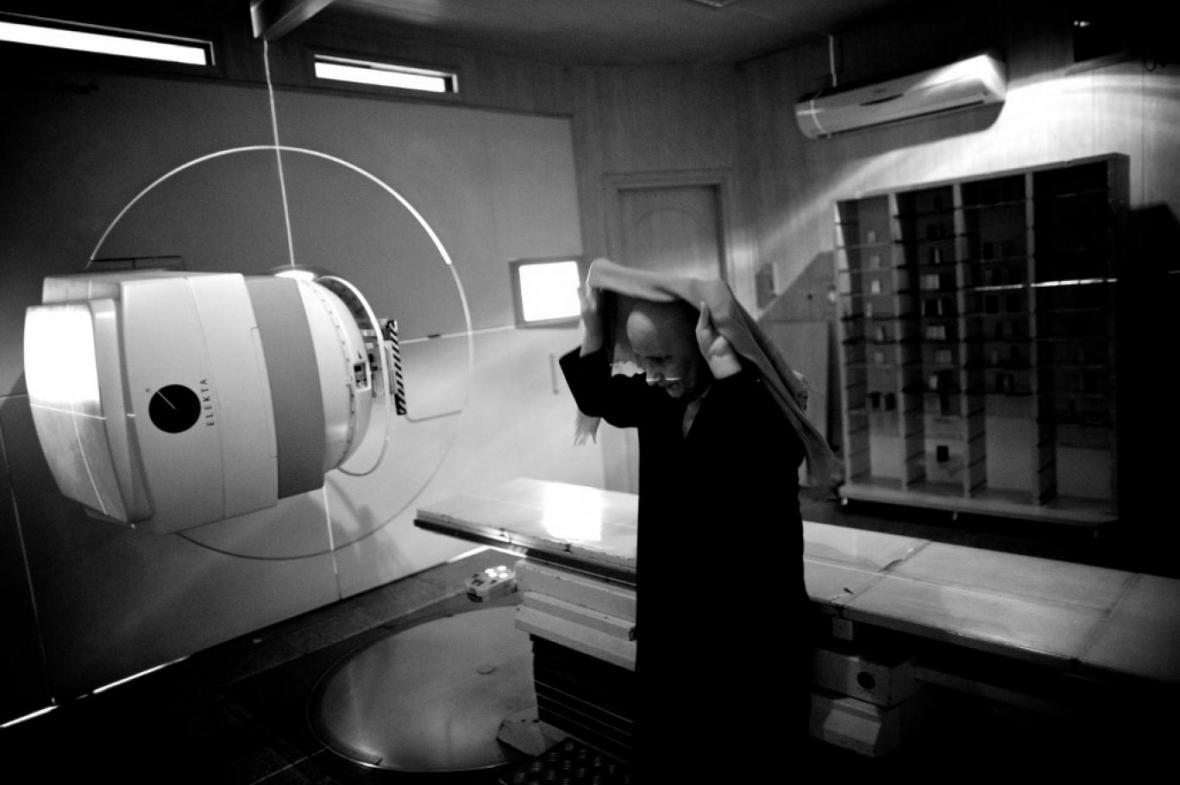 درمان جدید سرطان پستان: تنها یک جلسه پرتونگاری