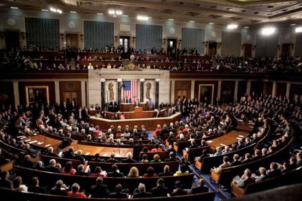 مجلس نمایندگان آمریکا 2 طرح مهاجرتی را تصویب کرد