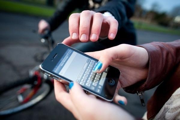 اجرای طرح مقابله با موبایل قاپی