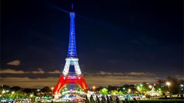 واکسیناسیون سریع و رایگان در مراکز خرید فرانسه